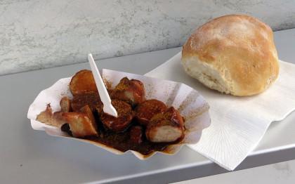 Currywurst vom Güggeli-Express